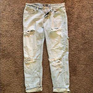 Abercrombie Slim Boyfriend Crop Jeans